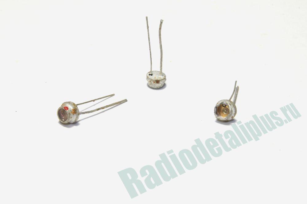 Транзисторы с жёлтым окошком